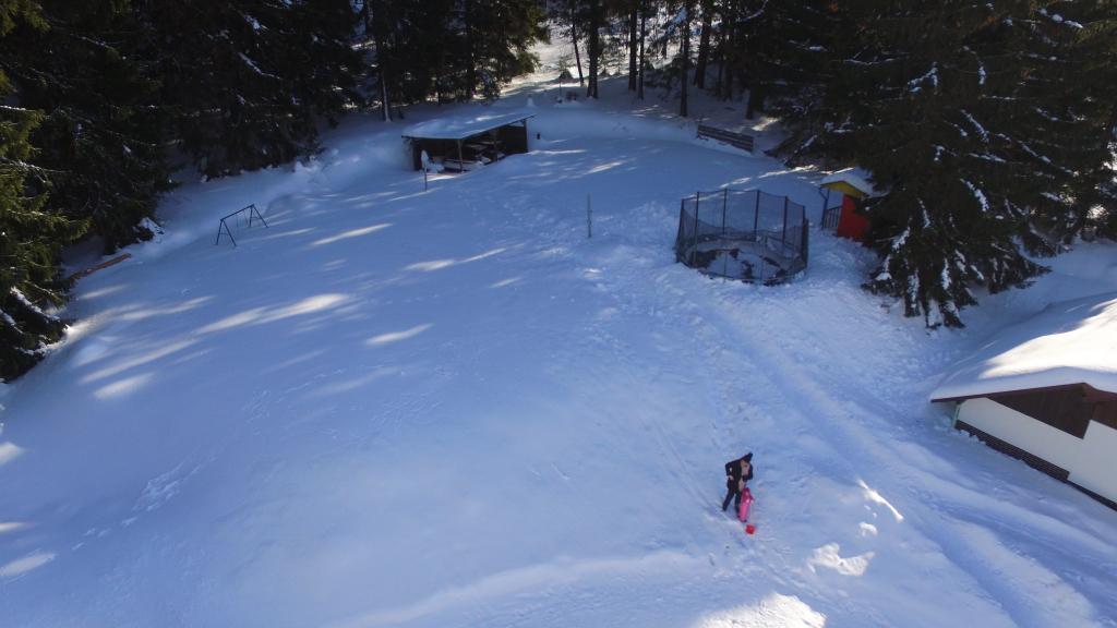 Hriste pod snehem